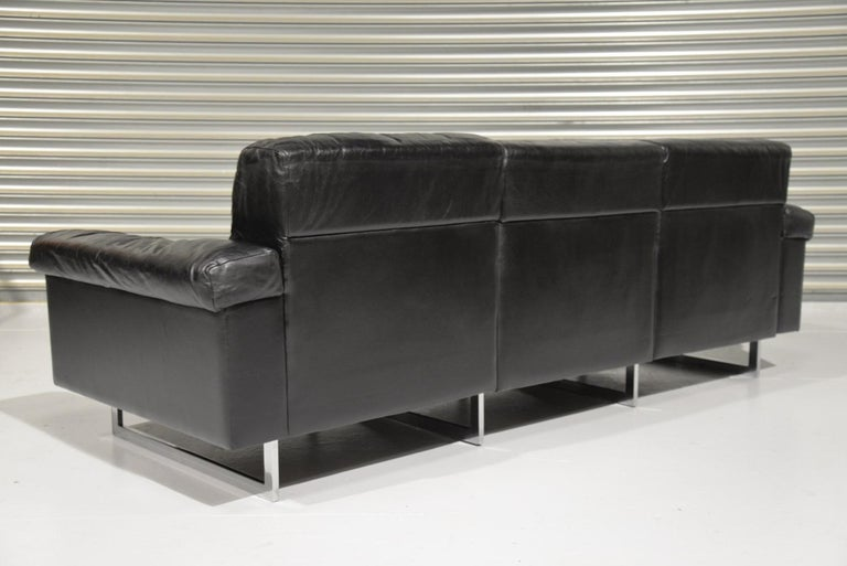 Classic Vintage De Sede 3 Seat Leather Sofa, Switzerland 1970s In Fair Condition For Sale In Fen Drayton, Cambridgeshire