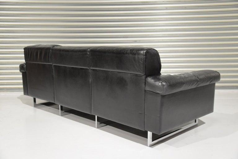 Classic Vintage De Sede 3 Seat Leather Sofa, Switzerland 1970s For Sale 1