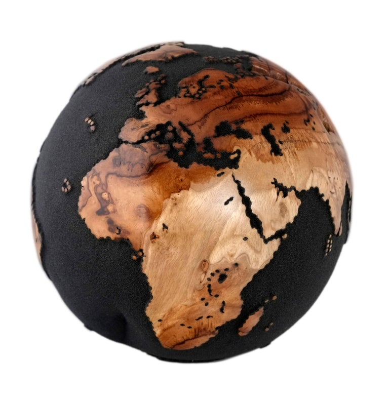 Balinese Classic Volcanic Sand HB Globes Made of Teak Root, 25 cm For Sale