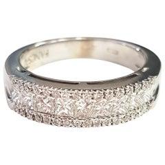 Classic White Diamond 18 Karat White Gold Ring
