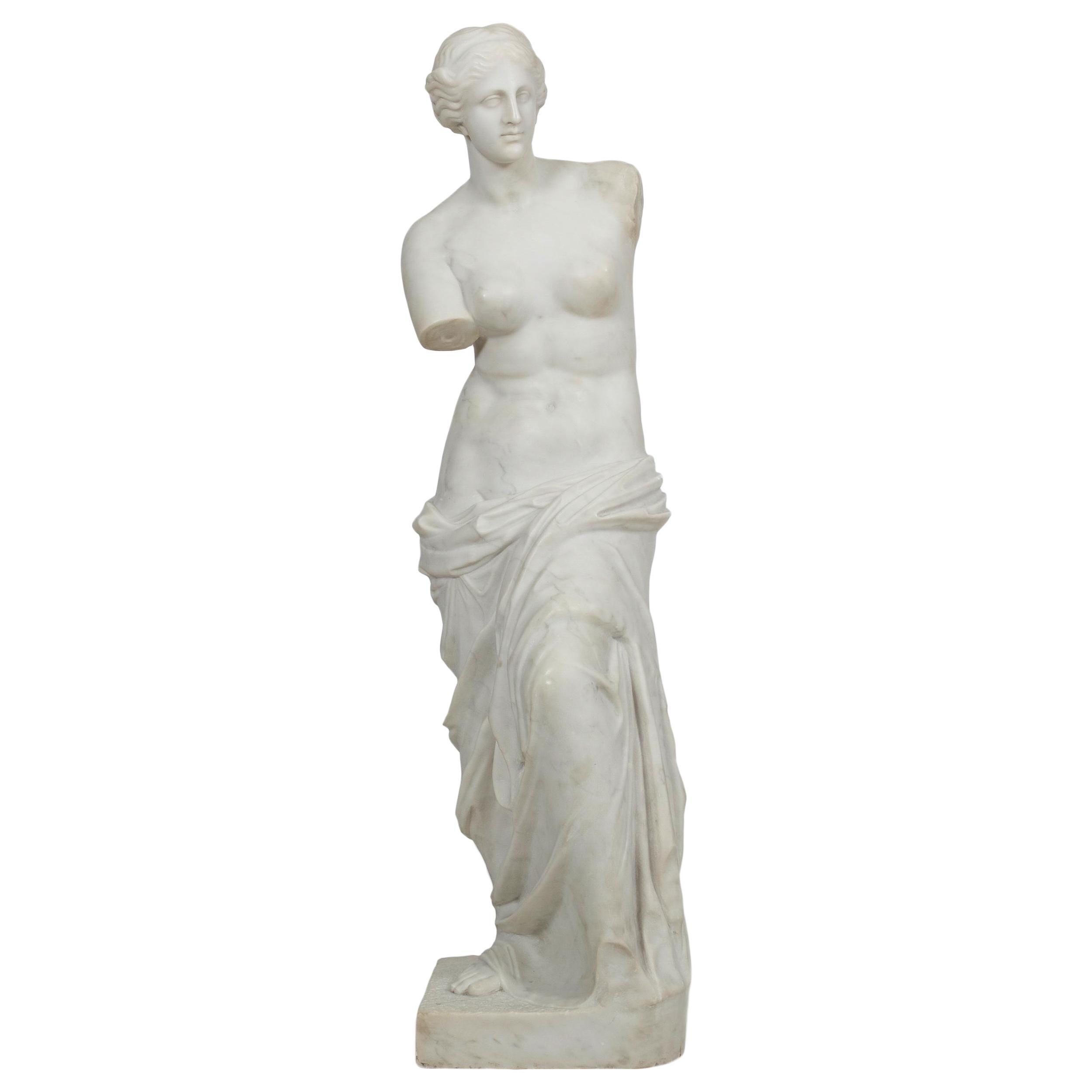 "Classical Antique Marble Sculpture of Statue ""Venus de Milo"""