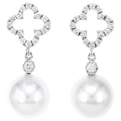 Classical Dangle Earring with South Sea Pearl