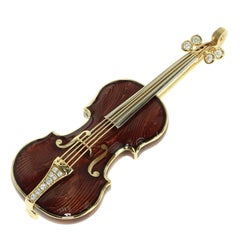 Classical Enamel Diamond 18 Karat Yellow Gold Violin Brooch