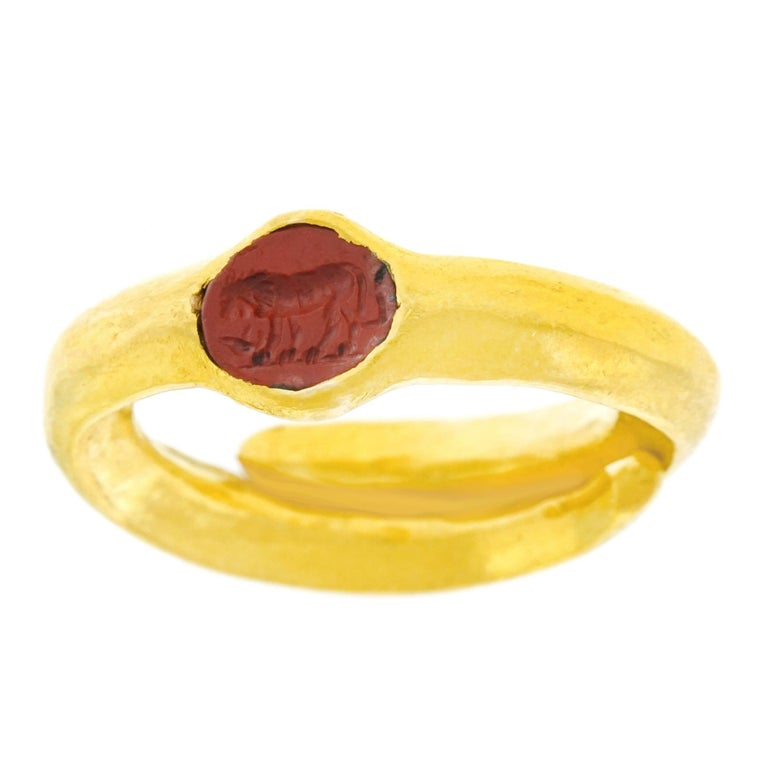 Classical Intaglio High Karat Ring in the Ancient Style
