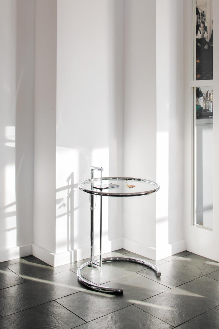 ClassiCon Adjustable Table E 1027 in Chrome and Crystal by Eileen Gray For Sale 4