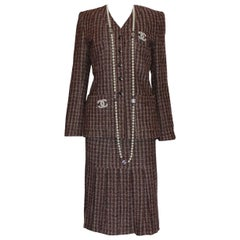 Classy Chanel by Karl Lagerfeld Pleated Skirt Tweed Jacket Blazer Suit