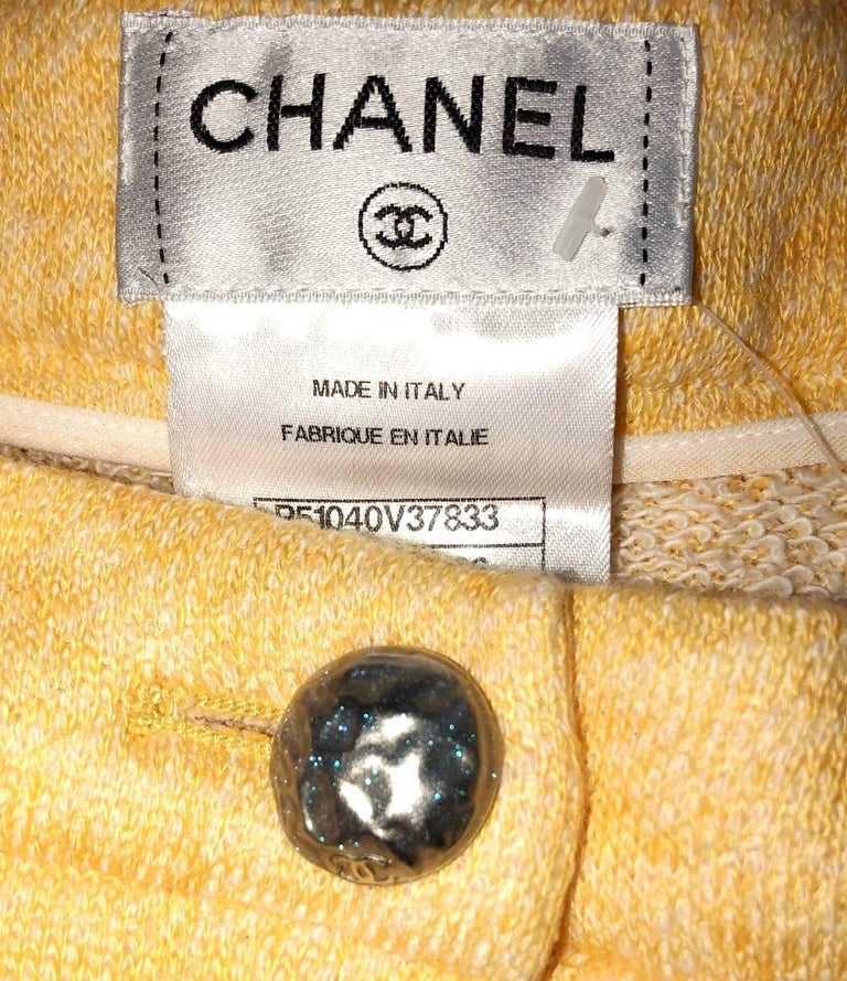 Classy Chanel Yellow Shorts Hot Pants Trousers with CC Logo Button For Sale 1