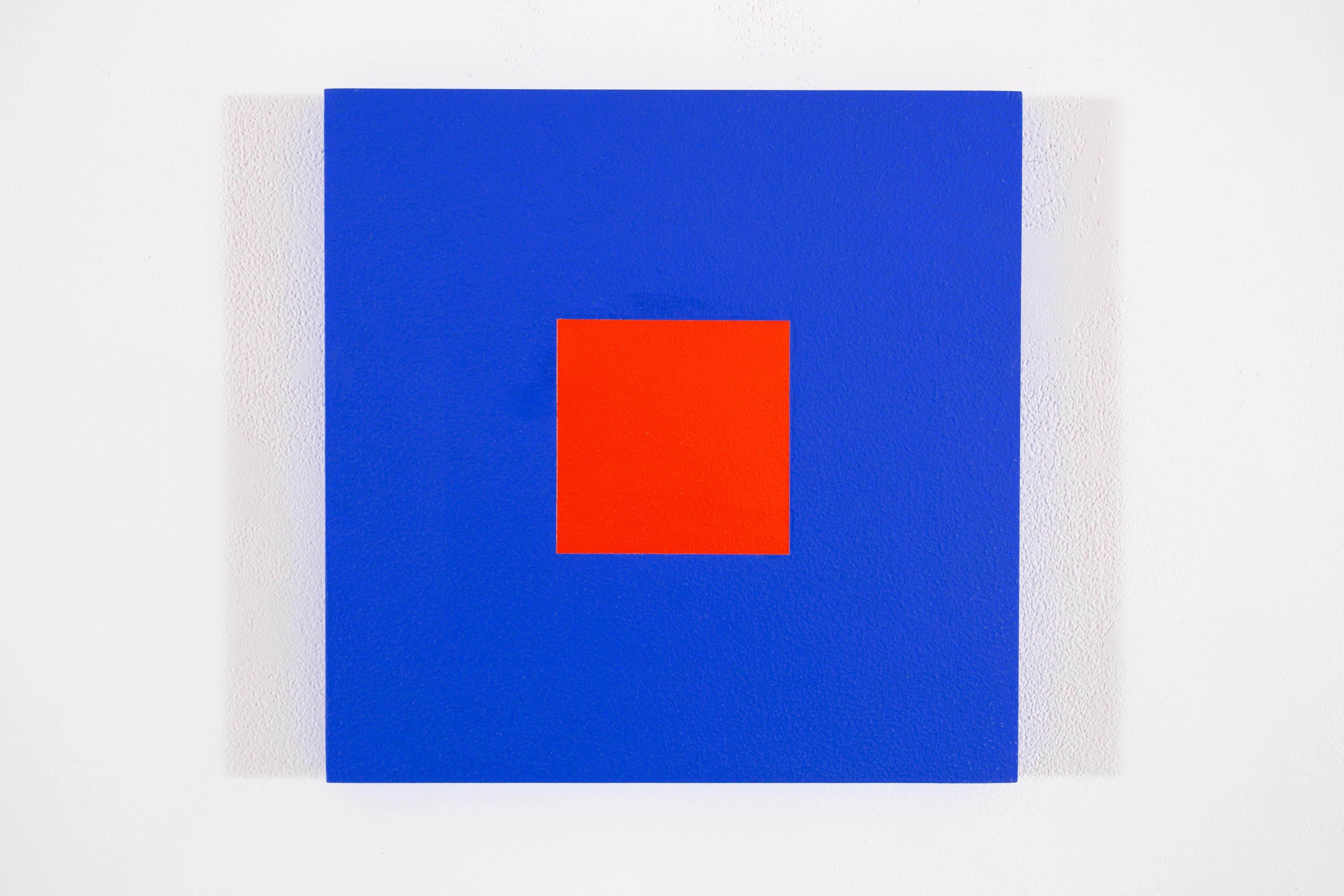 Blue cobalt + rouge red