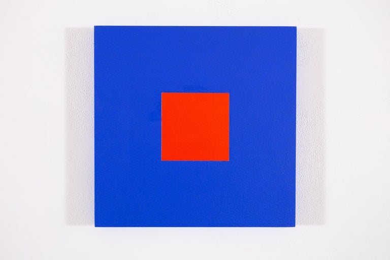 Claude Tousignant Abstract Painting - Blue cobalt + rouge red