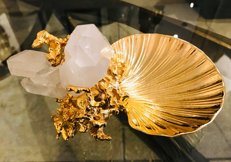 A wonderful 1970s exploding 24-karat gold bronze sculpture dish with two large quartz clusters by French artist, Claude Victor Boeltz. Signed. A matching pair if needed.