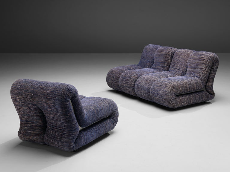 Claudio Vagnoni for 1P Pair of 'Pagru' Lounge Chairs in Blue Upholstery For Sale 1
