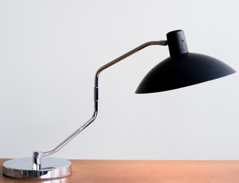 American Clay Michie Desk Lamp for Knoll International For Sale