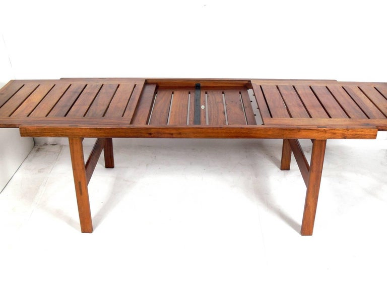 Mid-Century Modern Clean Lined Midcentury Dining Table by John Tabraham For Sale