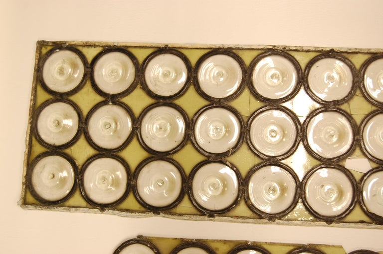 Clear Diameter Bullseye Glass Window Rondoles Set in Lead In Distressed Condition For Sale In Pittsburgh, PA