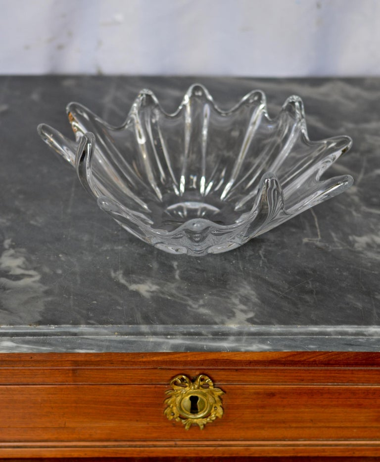 20th Century Clear Crystal Sculptural Bowl by Daum For Sale