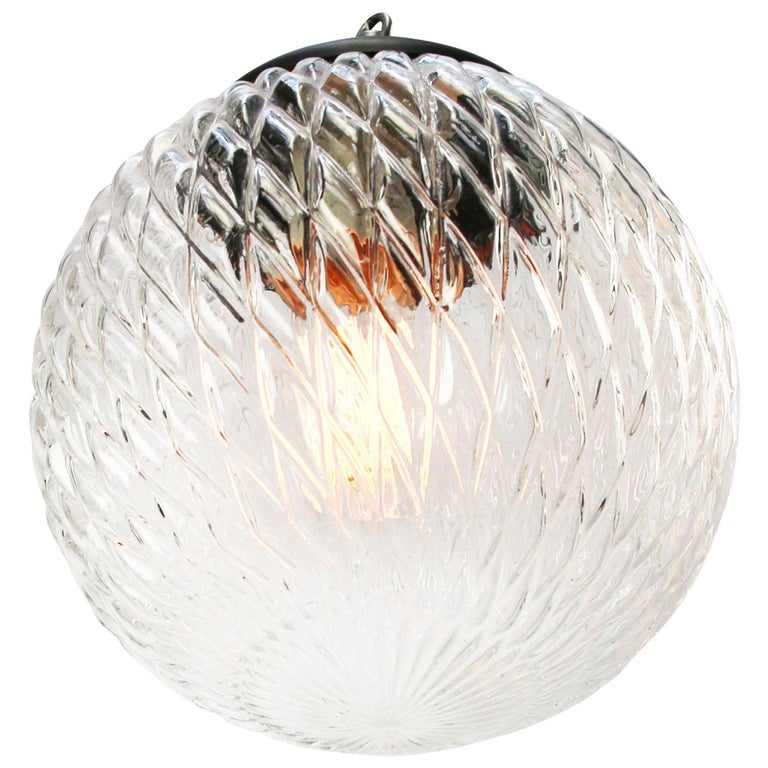 Clear texture globe glass pendant.  Weight: 2.00 kg / 4.4 lb  Priced per individual item. All lamps have been made suitable by international standards for incandescent light bulbs, energy-efficient and LED bulbs. E26/E27 bulb holders and new