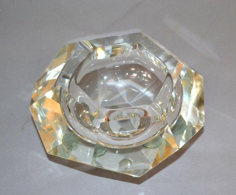 Clear Multi Faceted Murano Glass Ashtray, Bowl Attributed to Flavio Poli, Italy In Good Condition For Sale In North Miami, FL