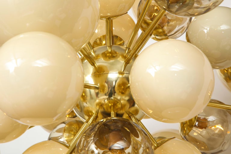 Italian Clear Smoked and Opaque Ivory Murano Glass and Brass Sputnik Chandelier, Italy For Sale
