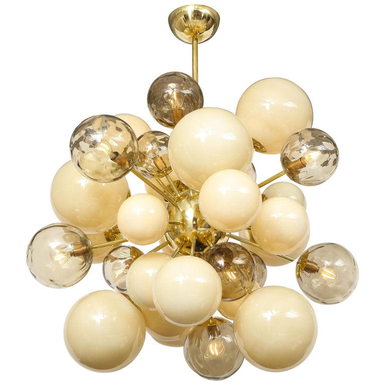 Clear Smoked and Opaque Ivory Murano Glass and Brass Sputnik Chandelier, Italy For Sale