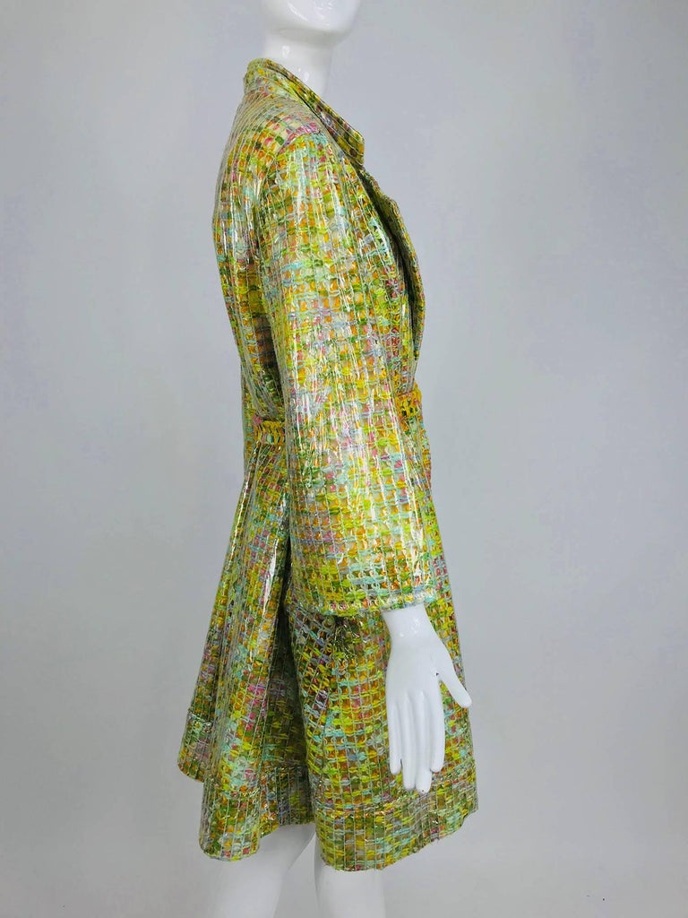 Clear vinyl covered tweed novelty rain coat with belt 1960s For Sale 10