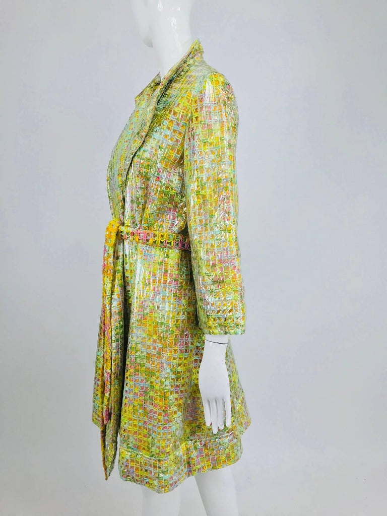 Clear vinyl covered tweed novelty rain coat with belt 1960s For Sale 3