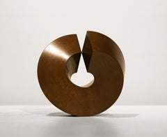 Split Ring, a minimalist cast bronze pedestal sculpture by Clement Meadmore