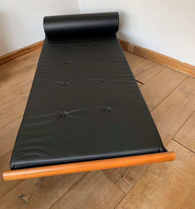 Steel Cleopatra Day Bed by Andre Cordemeyer for Auping For Sale
