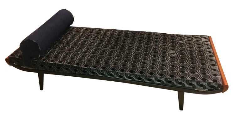 Mid-Century Modern Cleopatra Daybed, Metal and Teak, Netherlands, 1950s For Sale