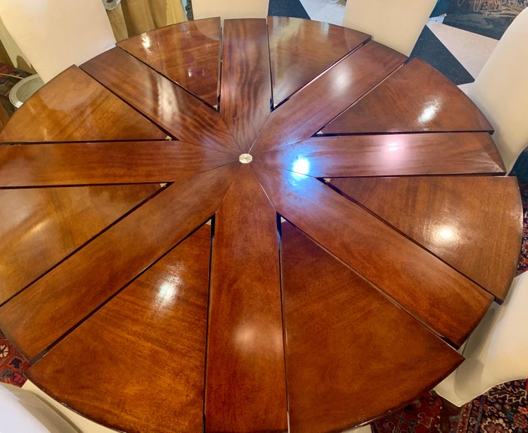 American Clever Oscar de la Renta Jupe Movement Expansion Round Dining Table and 8 Chairs