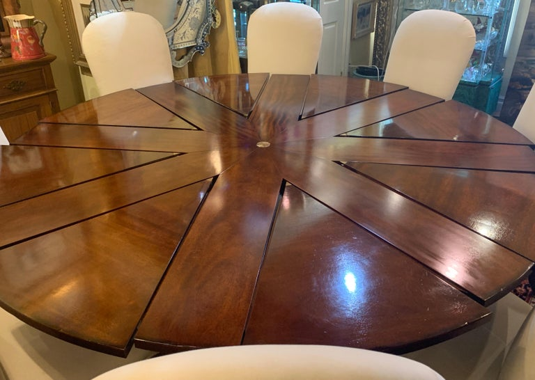 Hand-Crafted Clever Oscar de la Renta Jupe Movement Expansion Round Dining Table and 8 Chairs