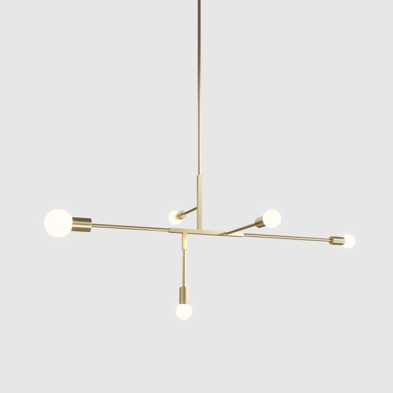 The Cliff Collection brings together the best of Lambert & fils Studio in its use of many signature elements. Natural brass and matte black rods provide structure for lamps with elegant shades and a range of spherical bulbs. The finishing and