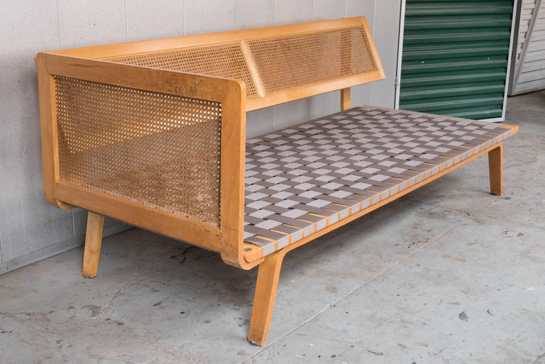 American Clifford Pascoe Daybed with Original Caning and Webbing For Sale