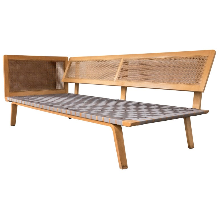 Clifford Pascoe Daybed with Original Caning and Webbing For Sale