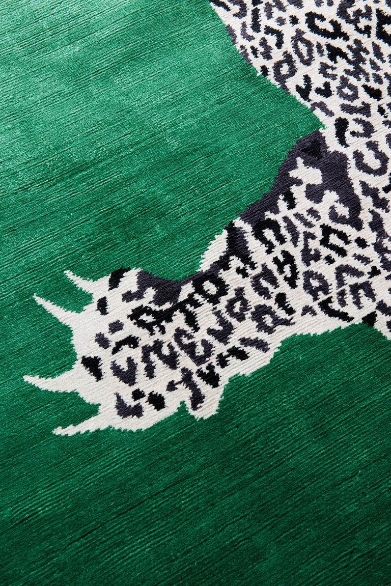 Modern Climbing Leopard Hand-Knotted 10x8 Rug in Silk by Diane von Furstenberg For Sale