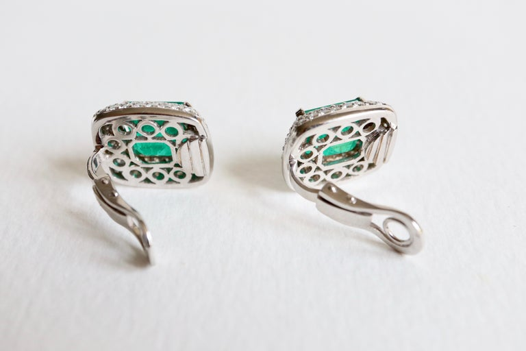 Clip Earrings Emeralds 10.02 Carat and Diamonds 3 Carat in 18 Karat White Gold For Sale 3