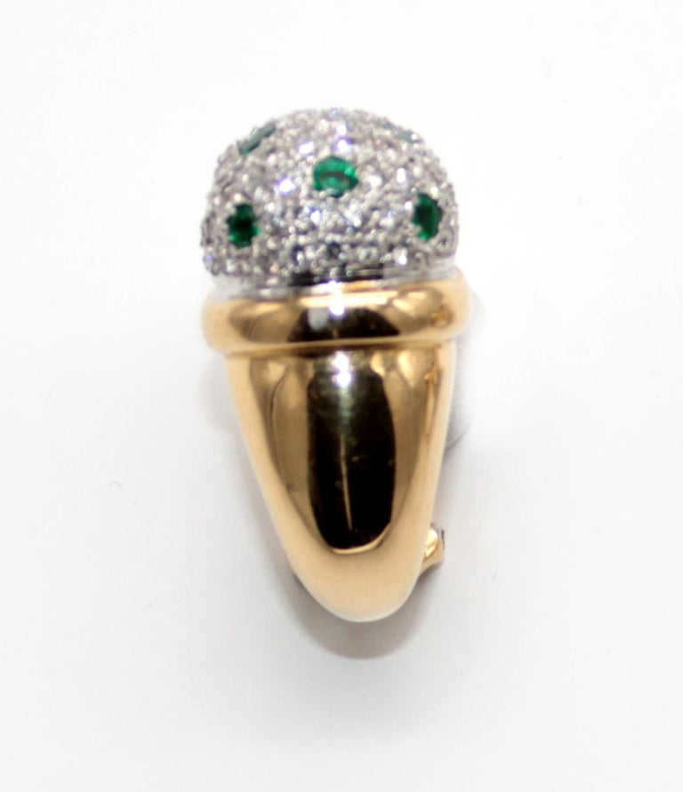 Modern Clip-On Earrings with Diamonds Pave and Emeralds by Antonini For Sale