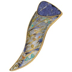 Cloisonné Enamel 24 and 22 Karat Yellow Gold Lapis Lazuli Brooch