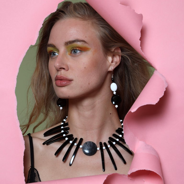Round Cut Cloudy Agate Silver Tribal Warrior Round Branches Choker Necklace Earrings Set For Sale