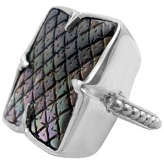 Clover Black Mother Of Pearl Carving Ring in Sterling Silver