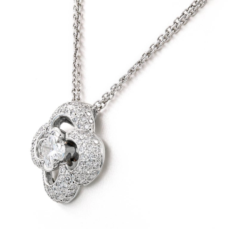 Round Cut Clover Style Diamond Necklace with .88ct. Lili-cut Diamond Center For Sale