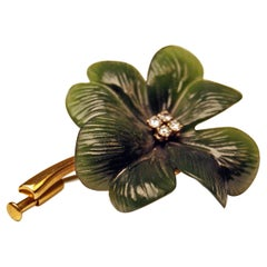 Cloverleaf Brooch Gold 585 Diamonds Nephrite Vienna, circa 1940