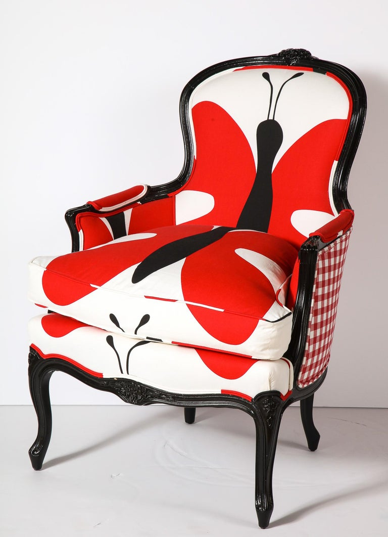 Bergere Chair In Good Condition For Sale In New York, NY