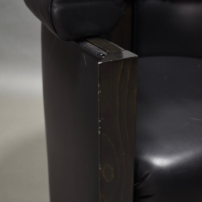 Club Chair in Leather and Ebony by Umberto Asnago for Giorgetti, Italy, 1980s For Sale 8