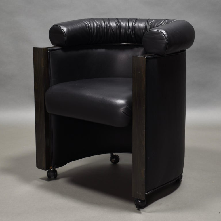 Club Chair in Leather and Ebony by Umberto Asnago for Giorgetti, Italy, 1980s In Good Condition For Sale In Pijnacker, Zuid-Holland