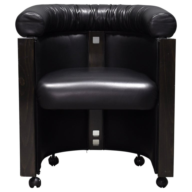 Club Chair in Leather and Ebony by Umberto Asnago for Giorgetti, Italy, 1980s For Sale