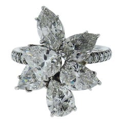 Cluster Flower Diamond Ring in Platinum