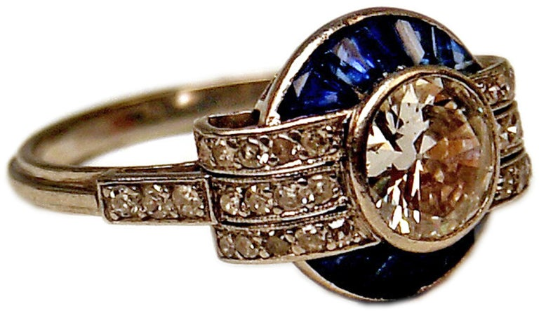 Old European Cut Cluster Ring Art Deco Platinum Diamonds 1.60 Carat Sapphires France, circa 1925 For Sale