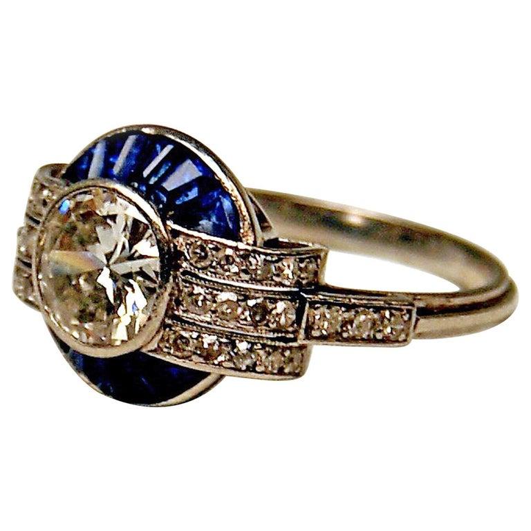Cluster Ring Art Deco Platinum Diamonds 1.60 Carat Sapphires France, circa 1925 For Sale