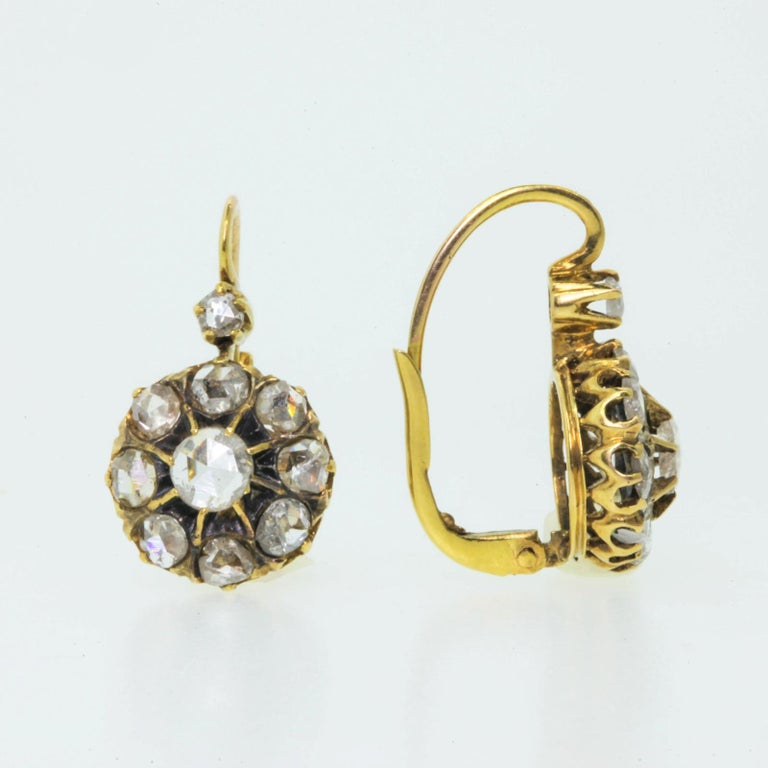 Cluster Rose Cut Diamond Gold Earrings In Good Condition For Sale In Beverly Hills, CA