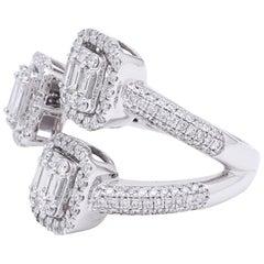 Cluster Setting Diamond Ring Set in 18 Karat White Gold